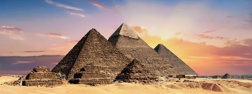 pyramids 2371501 1920